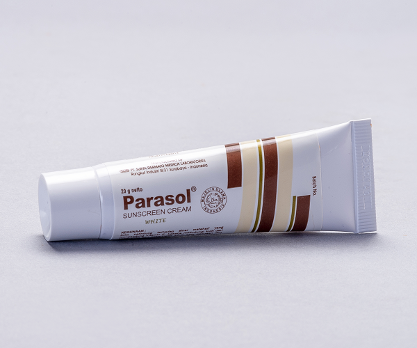 PARASOL CREAM WHITE-700PIXELS